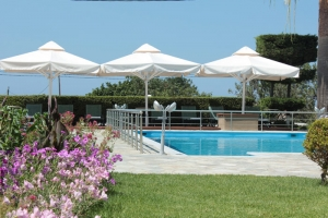 plati beach hotel lemnos with pool